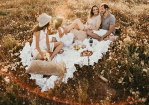 HARVEST-TIME PICNIC CELEBRATION