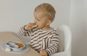 Weaning onto solids