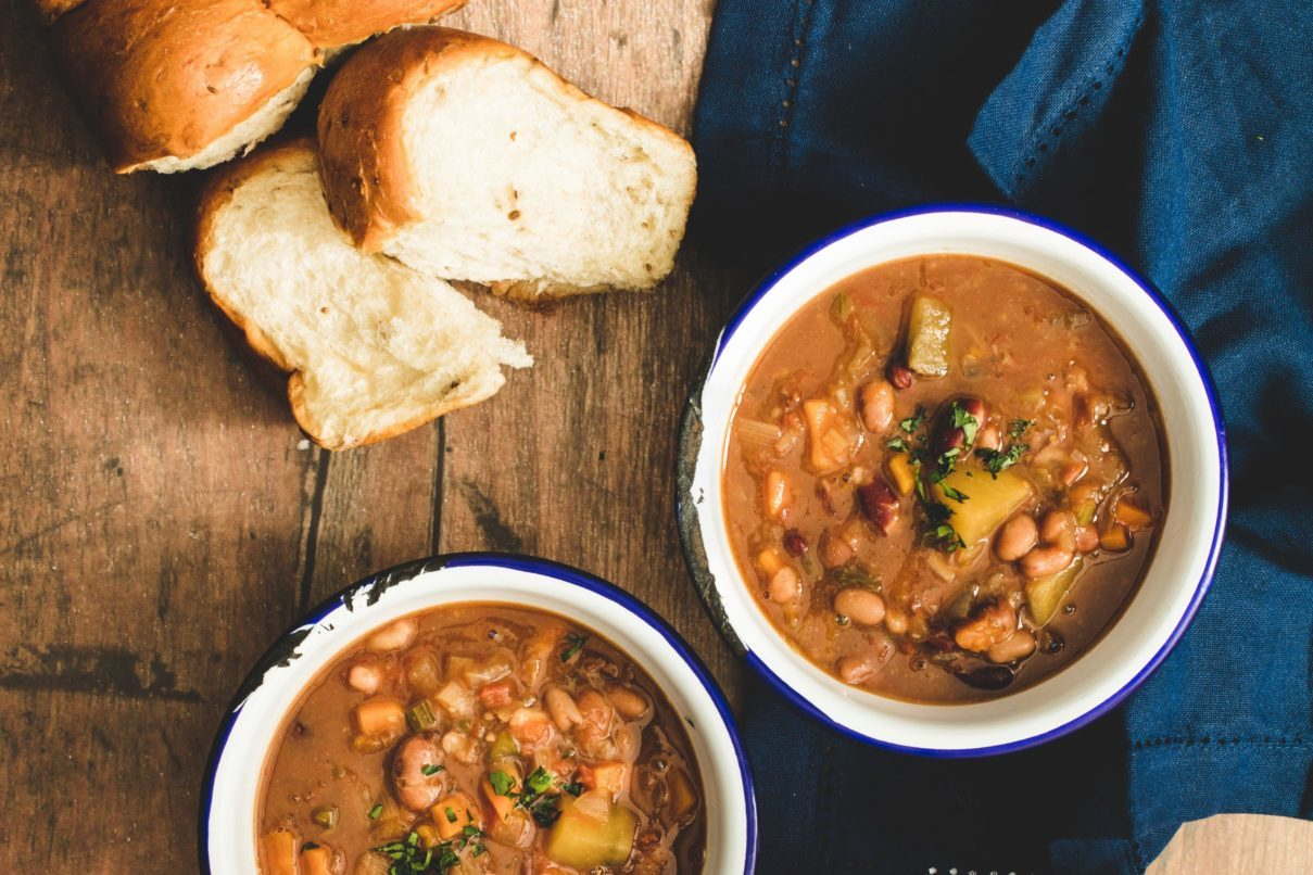 VEGETARIAN WINTER SOUP MADE EASY